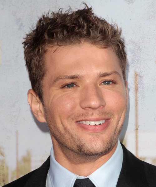 Ryan Phillippe Short Wavy Hairstyle - Light Brunette - side view 2