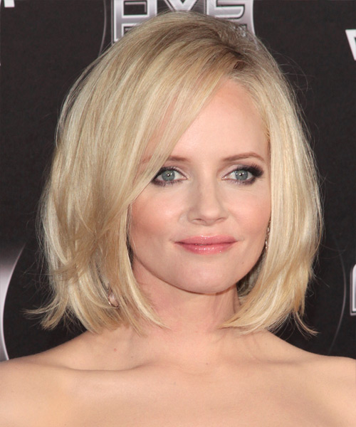 Marley Shelton Medium Straight Casual Bob Hairstyle with Side Swept Bangs - Light Blonde Hair Color - side on view