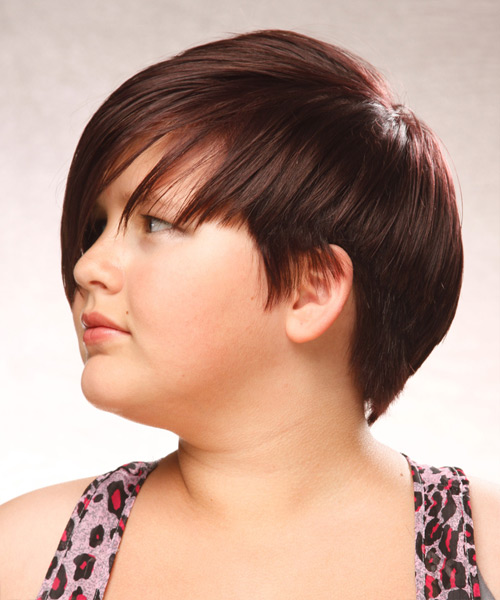 Short Straight Casual Hairstyle with Side Swept Bangs (Chocolate) - side on view