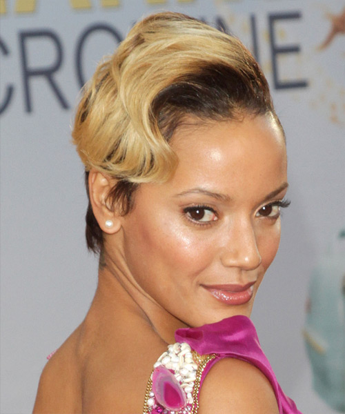 Selita Ebanks Short Wavy Formal Hairstyle - Medium Brunette Hair Color - side on view