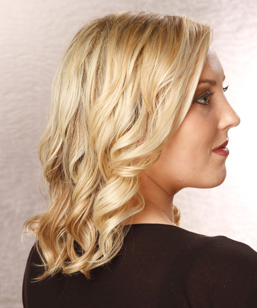 Medium Wavy Casual Hairstyle - Light Blonde Hair Color - side on view