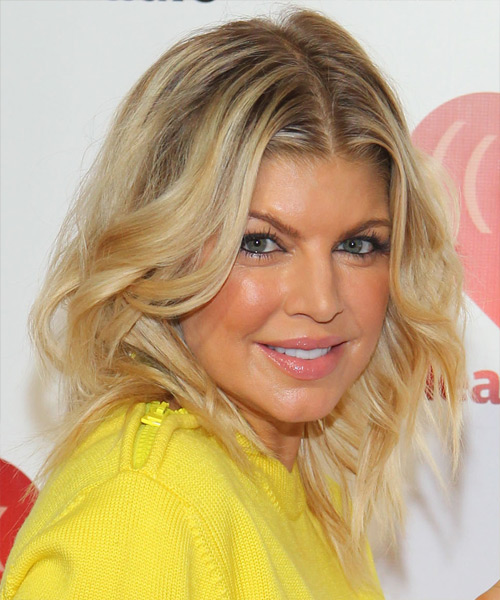 Fergie Medium Wavy Casual Hairstyle - Medium Blonde (Honey) Hair Color - side on view