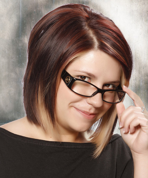 Medium Straight Casual Bob Hairstyle - Dark Red (Plum) - side view