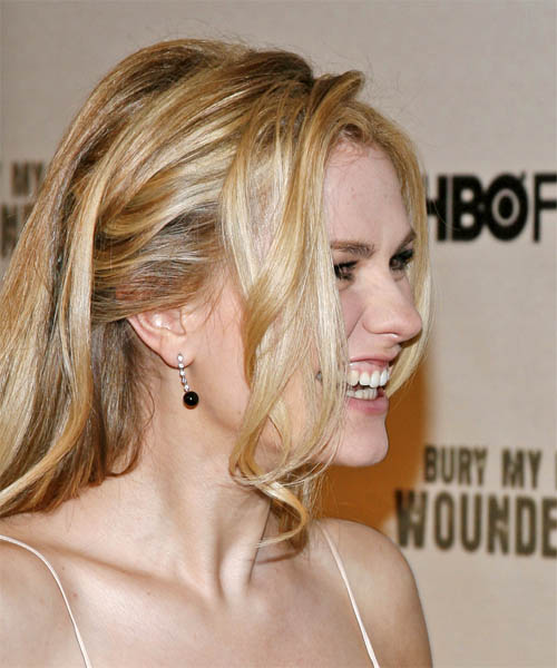 Anna Paquin Long Straight Formal Hairstyle - side on view