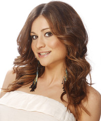 Casual Long Wavy Hairstyle - click to view hairstyle information