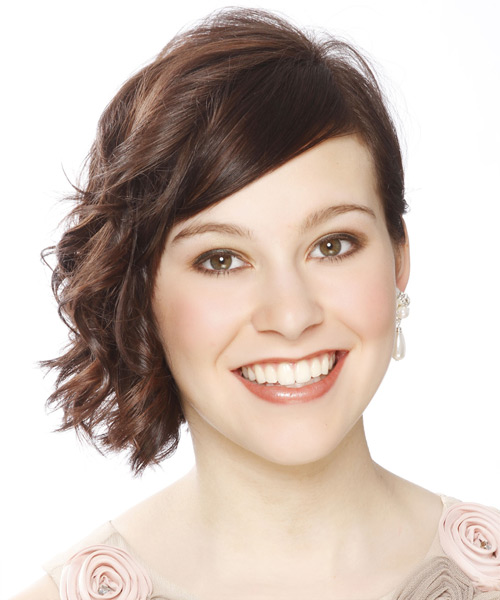 Short Wavy Casual Hairstyle - Medium Brunette Hair Color - side on view