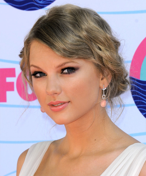 Taylor Swift Curly Casual Updo Hairstyle with Side Swept Bangs - Light Blonde (Ash) Hair Color - side on view