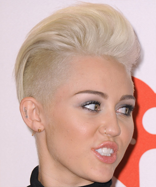 Miley Cyrus Short Straight Hairstyle - Light Blonde (Platinum) - side view 2
