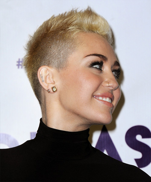 Miley Cyrus Short Straight Casual Hairstyle - Light Blonde (Golden) Hair Color - side on view