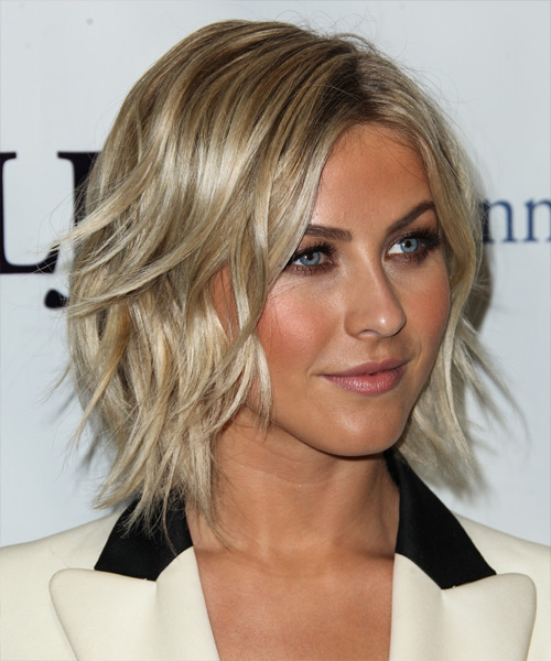Julianne Hough Medium Straight Hairstyle - side view 2