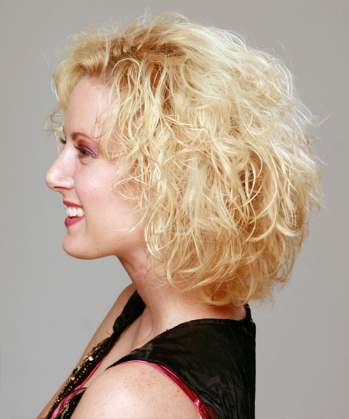 Medium Curly Casual Hairstyle - Light Blonde (Golden) Hair Color - side on view