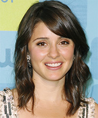 Shiri Appleby Medium Wavy Casual