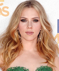Scarlett Johannson Hairstyle - click to view hairstyle information