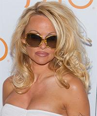 Pamela Anderson - Wavy