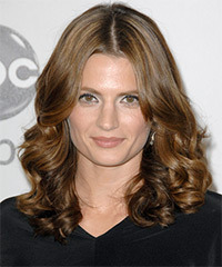 Stana Katic - Medium Wavy