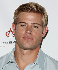 Trevor Donovan Hairstyle - click to view hairstyle information