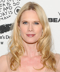 Stephanie March Hairstyle