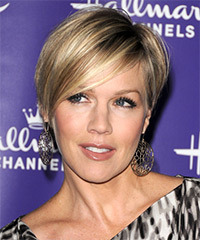 Jennie Garth - Short