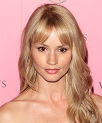 Cameron Richardson Hairstyle - click to view hairstyle information