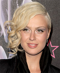 CariDee English Hairstyles