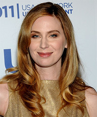 Anne Dudek  Hairstyle - click to view hairstyle information