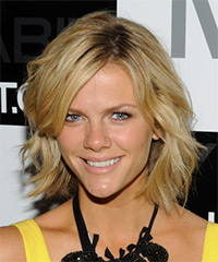Brooklyn Decker - Wavy