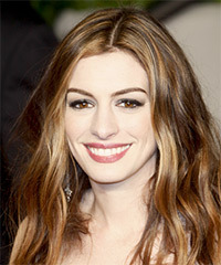 Anne Hathaway Long Wavy Casual