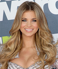 Amber Lancaster Long Wavy Casual