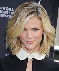 Brooklyn Decker - Wavy Bob
