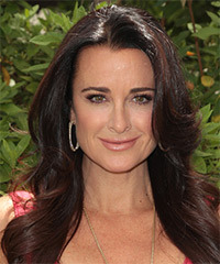 Kyle Richards Hairstyle - click to view hairstyle information