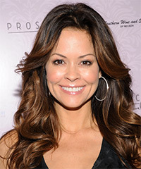 Brooke Burke Hairstyle - click to view hairstyle information