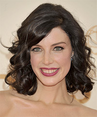 Jessica Pare Hairstyle - click to view hairstyle information