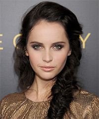 Felicity Jones Hairstyle - click to view hairstyle information