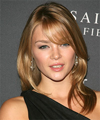 Sophie Dickens Hairstyle - click to view hairstyle information