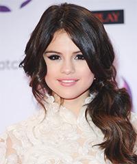 Selena Gomez - Curly