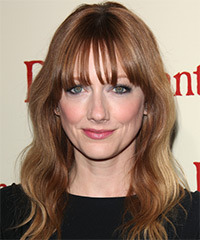 Judy Greer Long Wavy Casual