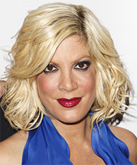 Tori Spelling Hairstyle