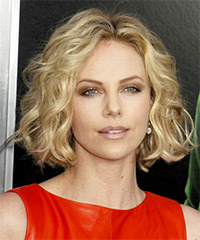 Charlize Theron - Short Bob