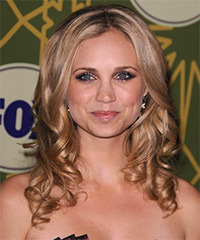 Fiona Gubelmann Hairstyle - click to view hairstyle information