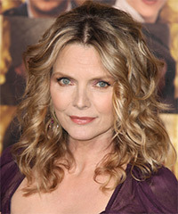 Michelle Pfeiffer Hairstyle - click to view hairstyle information
