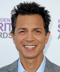 Benjamin Bratt Hairstyle - click to view hairstyle information