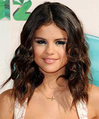 Selena Gomez - Medium Wavy