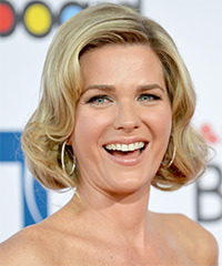 Sonya Smith Hairstyle - click to view hairstyle information