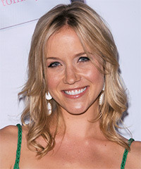 Jessy Schram Hairstyle - click to view hairstyle information