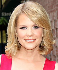 Carrie Keagan - Medium Bob