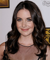 Alison Brie Long Wavy Casual