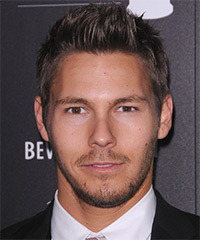 Scott Clifton Hairstyle - click to view hairstyle information