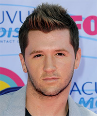 Travis Wall Hairstyle - click to view hairstyle information