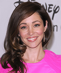 Autumn Reeser Hairstyle - click to view hairstyle information