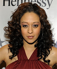 Tia Mowry Hairstyle - click to view hairstyle information